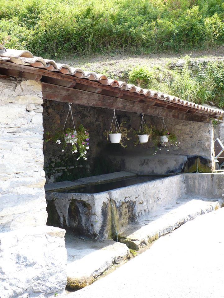 Le lavoir, quartier  de la Fouontluegn