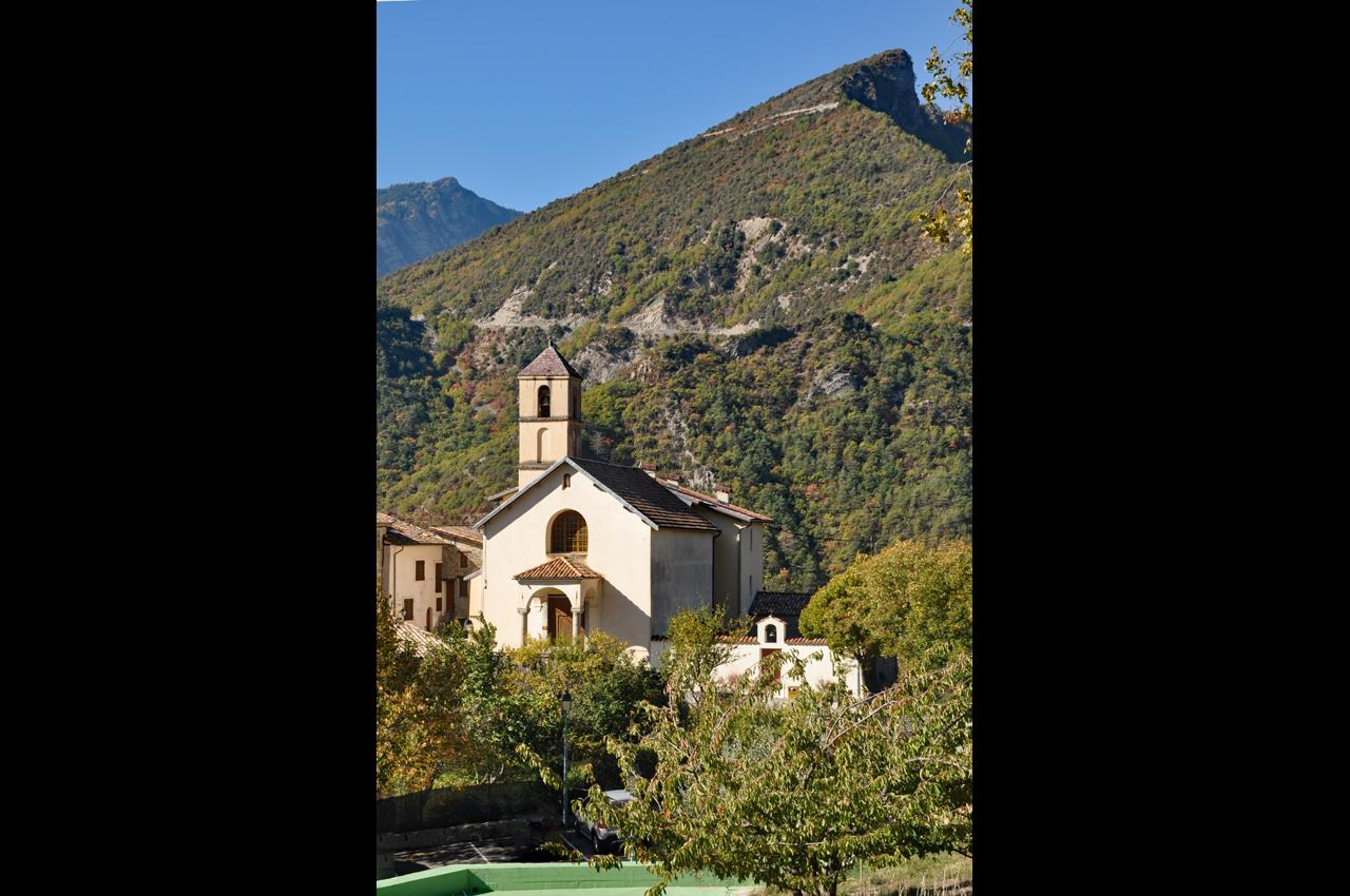 L'église  -  Mont COUCOULUCHE (1060m)