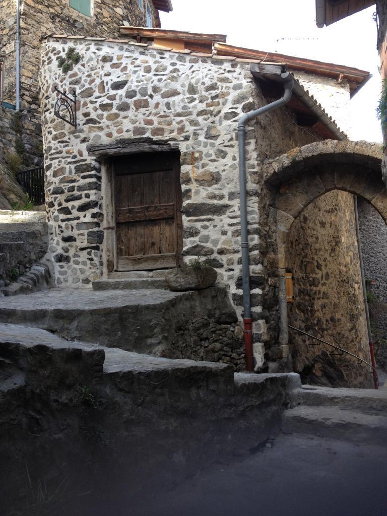 Le four à pain, la porte médiévale