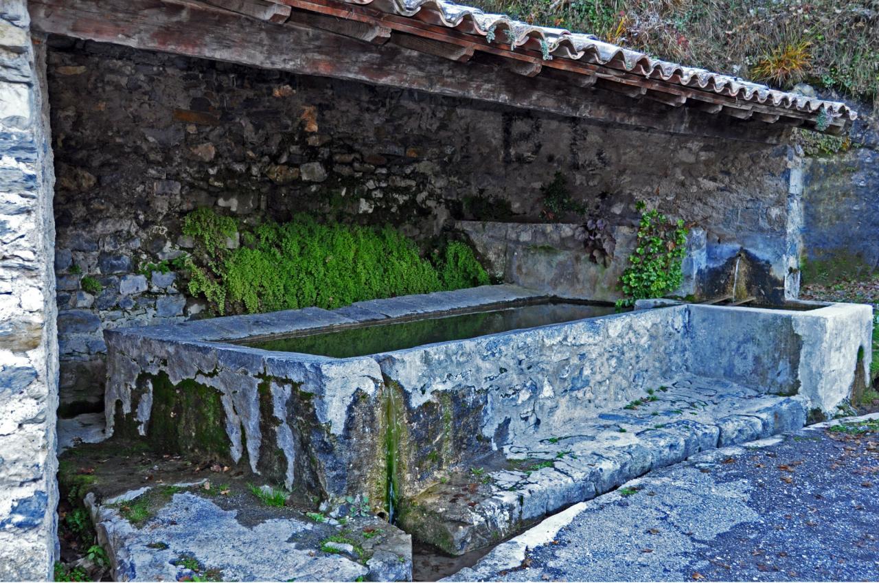 Le lavoir quartier de la Fouontluegn